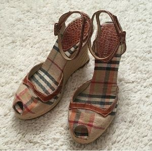 BURBERRY Canvas Wedges w/ Crocodile Straps Sz 8